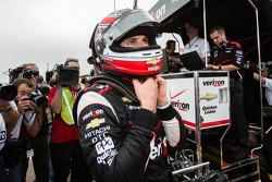 Pole winner Will Power, Team Penske Chevrolet celebrates
