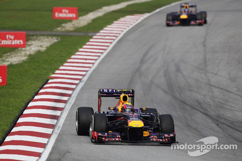 Mark Webber, Red Bull Racing RB9 leads team mate Sebastian Vettel, Red Bull Racing RB9