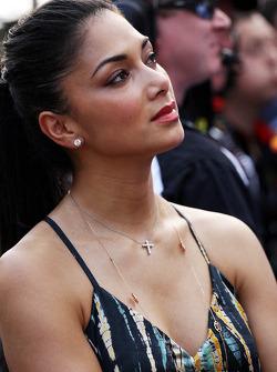 Nicole Scherzinger, Singer