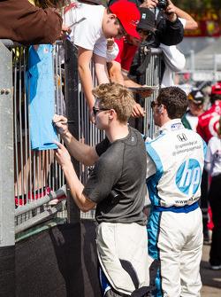 Josef Newgarden, Sarah Fisher Hartman Racing Honda and Simon Pagenaud, Schmidt-Hamilton Motorsports Honda