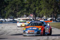 #31 NGT Motorsport Porsche 911 GT3 Cup: Carlos Gomez, Mario Farnbacher, Jakub Giermaziak