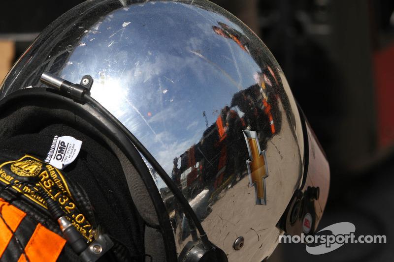 DP crew helm
