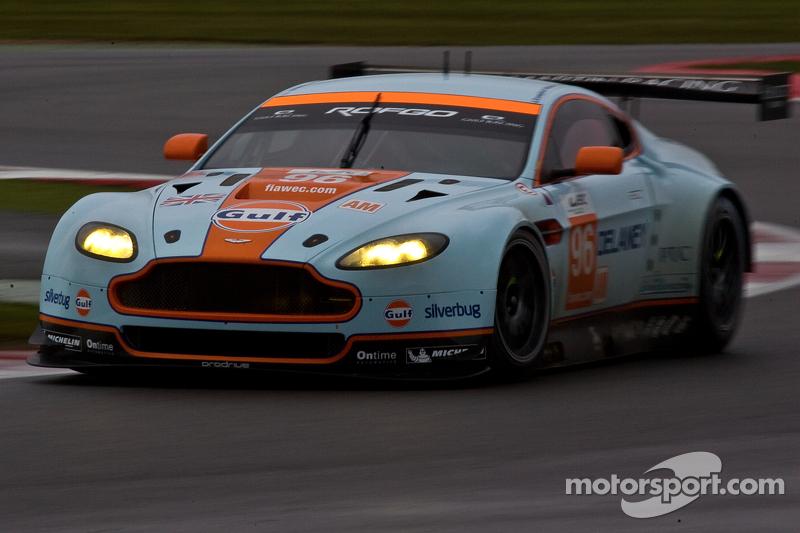 #96 Aston Martin Racing Aston Martin Vantage V8: Roald Goethe, Stuart Hall, Jamie Cambell-Walter