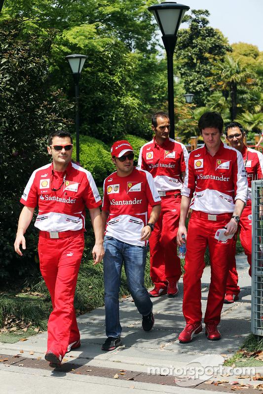 Felipe Massa, Ferrari, e Rob Smedley, engenheiro de corrida da Ferrari