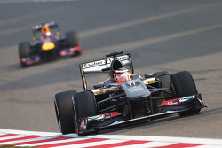 Nico Hulkenberg, Sauber C32 on the grid
