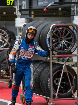 Toyota pit crew bringing slicks and wets to the grid