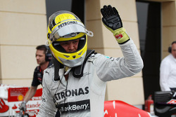 Ganador de la pole position Nico Rosberg, Mercedes AMG F1 celebra en parc ferme
