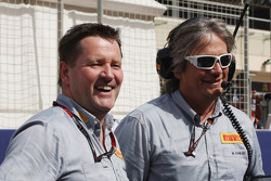 Paul Hembery, Pirelli Motorsport Director en la parrilla