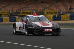 #2 Pro GT by Almeras Porsche 911 GT3 R: Eric Dermont, Enzo Guibbert