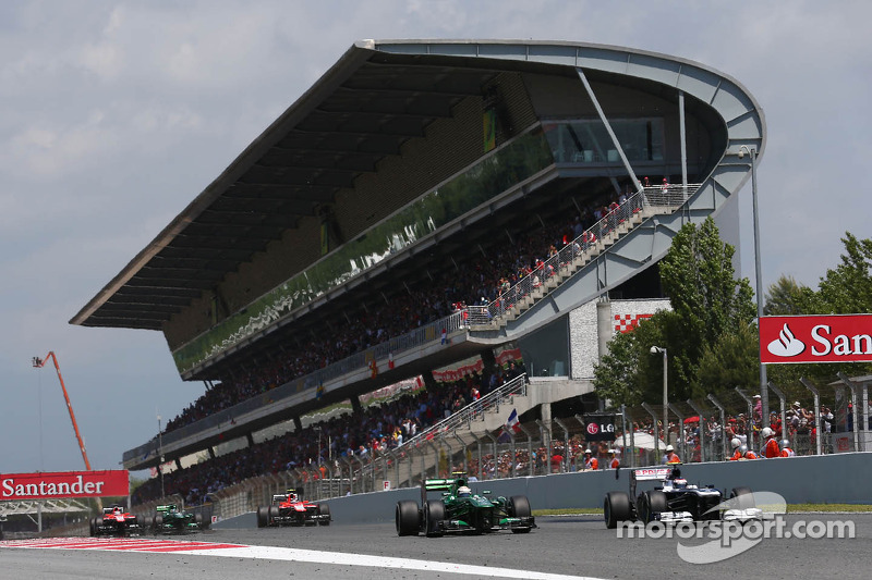 Valtteri Bottas, Williams FW35 and Giedo van der Garde, Caterham CT03