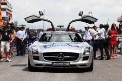 Carro de Segurança da FIA no grid