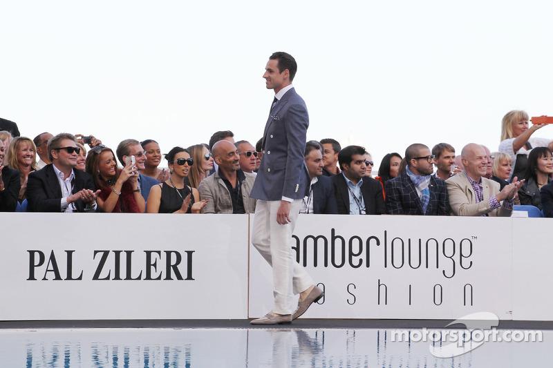 Adrian Sutil, Sahara Force India F1 bij de Amber Lounge Fashion Show
