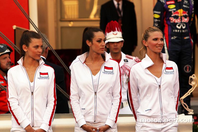 Grid girls at the podium