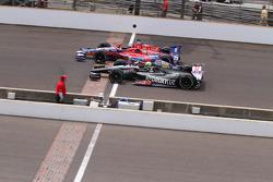 Tony Kanaan y Marco Andretti