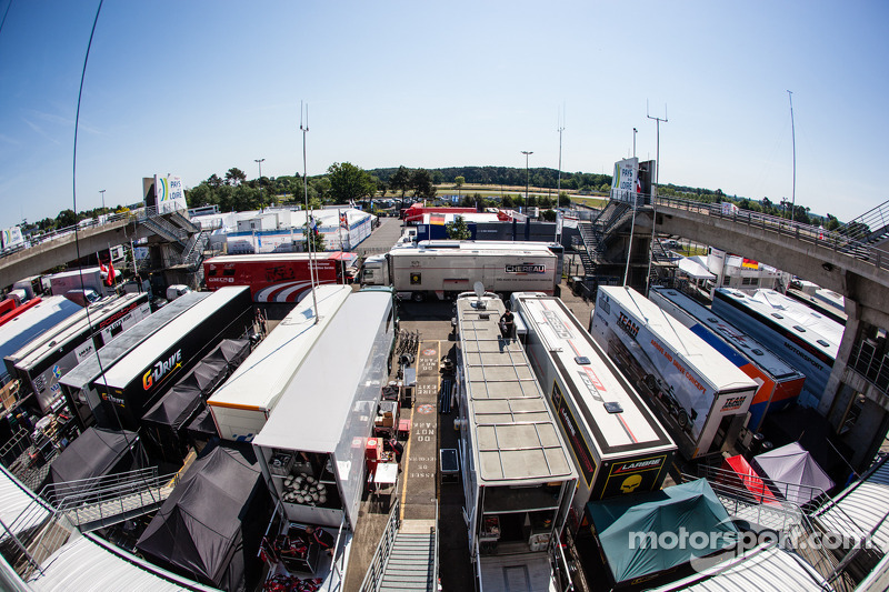 An overview of the Le Mans paddock