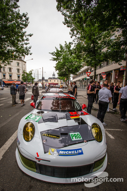#91 Porsche AG Team Manthey Porsche 991 RSR