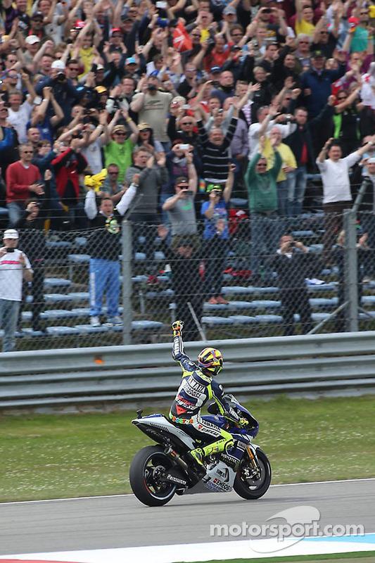O vencedor Valentino Rossi, Yamaha Fatory Racing