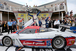 Podium: Joao Barbosa, Christian Fittipaldi #5 Action Express Racing Chevrolet Corvette DP