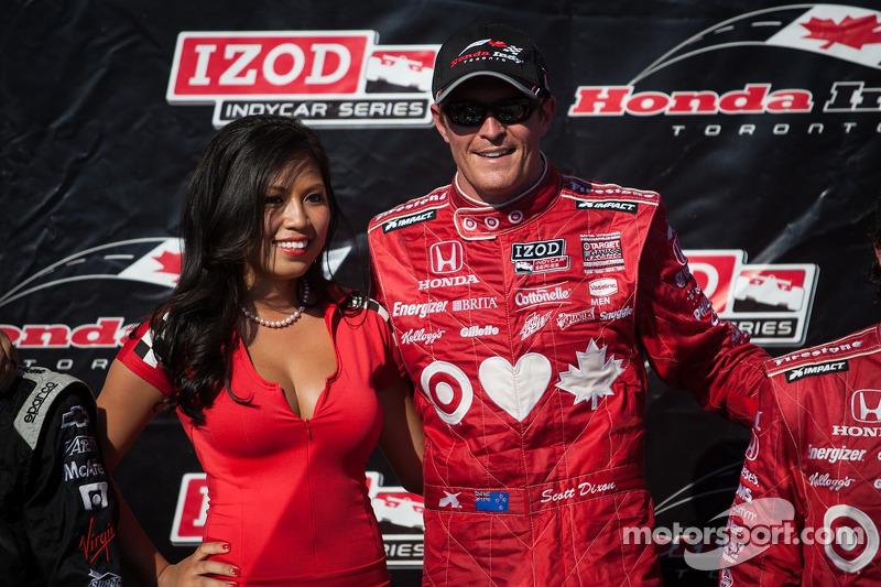 Scott Dixon, Target Chip Ganassi Racing Honda Target Chip Ganassi Racing with a Toronto Sun Girl