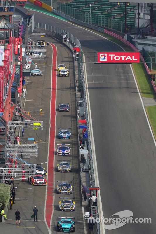 #26 Vita4one Racing Team, BMW Z4: Greg Franchi, Stefano Colombo, Franck Kechele