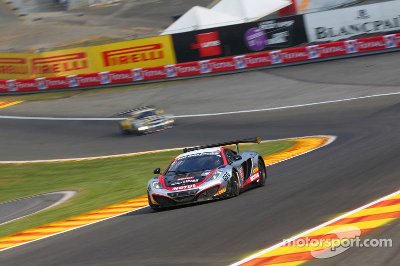 #7 Hexis Racing McLaren MP4-12C: Alexander Sims, Stef Dusseldorp, Alvaro Parente