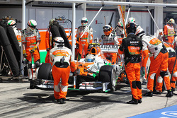Adrian Sutil, Sahara Force India VJM06 makes a pit stop and retires from the race