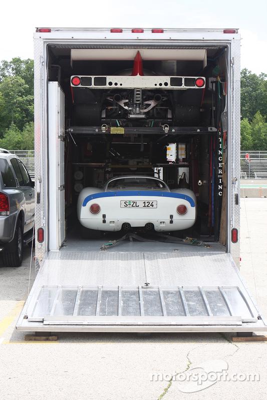 Porsches packed
