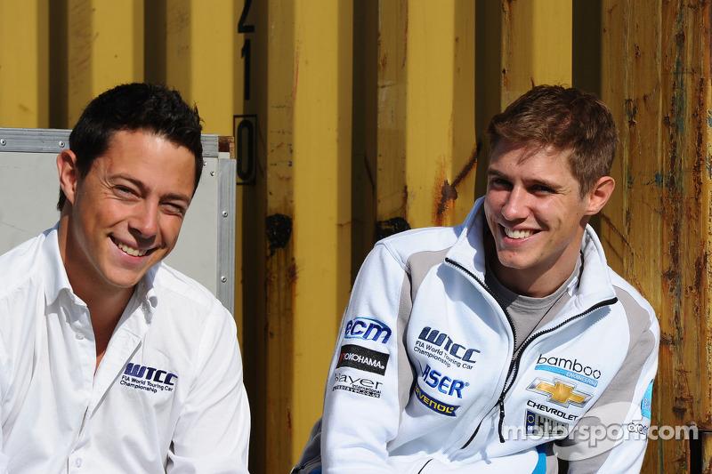 Ben Constanduros, Eurosport reporter en James Nash, Chevrolet Cruze 1.6 T, Bamboo Engineering