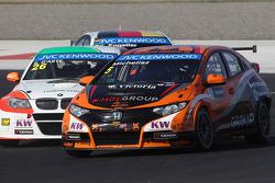 Stefano D'Aste, BMW 320 TC, PB Racing and Norbert Michelisz, Honda Civic, Zengo Motorsport