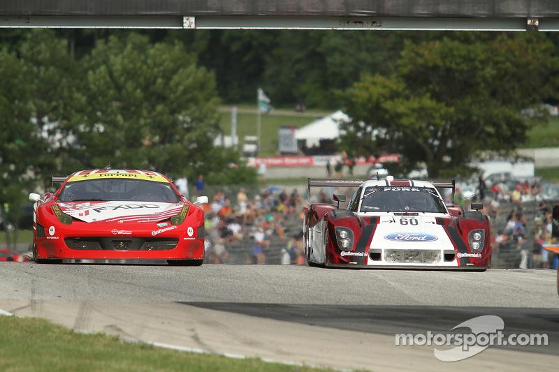 #69 AIM Autosport Ferrari 458: Emil Assentato, Anthony Lazzaro #60 Michael Shank Racing Ford/Riley: John Pew, Oswaldo Negri
