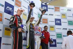 Чемпион Ландо Норрис, Carlin, второе место – Джоэль Эрикссон, Motopark, третье место – Максимилиан Гюнтер, Prema Powerteam