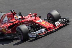 Ganador de la pole Sebastian Vettel, Ferrari SF70H