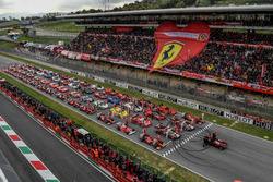 Ferrari grup fotoğrafı