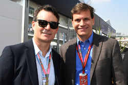 Jeff Gordon, Tavo Hellmund