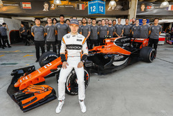 Stoffel Vandoorne, McLaren, with his team at the McLaren team photo call