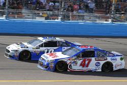 A.J. Allmendinger, JTG Daugherty Racing Chevrolet and Danica Patrick, Stewart-Haas Racing Ford