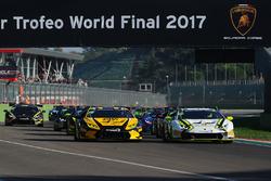 #155 Dream Racing Motorsport: Yuki Harata, #69 Dörr Motorsport: Philipp Wlazik, Florian Scholze