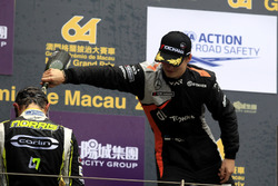 Podium: Lando Norris, Carlin, Dallara Volkswagen, Ralf Aron, Van Amersfoort Racing, Dallara Mercedes