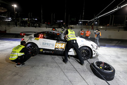 Pit stop, #264 Black Falcon Team TMD Friction Mercedes-AMG GT R SP-X: Kevin Tse, Frank Yu, Jonathan Hui,  Antares Au