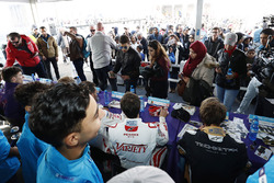 Jérôme d'Ambrosio, Dragon Racing, Jean-Eric Vergne, Techeetah, signs autographs for fans
