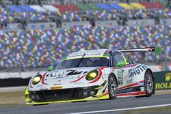 #59 Manthey Racing Porsche 911 GT3 R, GTD: Стів Сміт, Хагальд Прочік, Свен Мюллер, Маттео Кайролі, Ренді Валльс