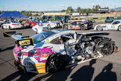 #19 Nineteen Corp P/L Mercedes AMG GT3: David Reynolds, John Martin, Liam Talbot, Mark Griffith after the crash
