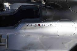 Tommy Hilfiger Mercedes