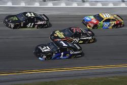 Kurt Busch, Stewart-Haas Racing Ford Fusion, Jamie McMurray, Chip Ganassi Racing Chevrolet Camaro, Martin Truex Jr., Furniture Row Racing Toyota, Kyle Busch, Joe Gibbs Racing Toyota