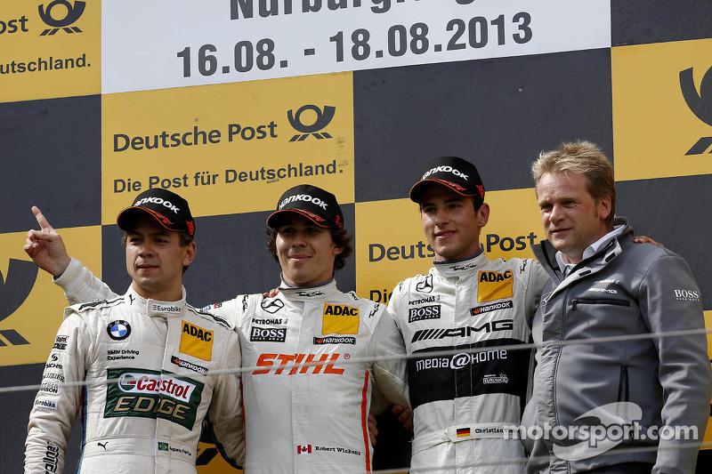 El podio, Segundo lugar Augusto Farfus, BMW Team RBM BMW M3 DTM; Primer lugar Robert Wickens, Mercedes AMG DTM-Team HWA DTM Mercedes AMG C-Coupe y tercer lugar Christian Vietoris, Mercedes AMG DTM-Team HWA DTM Mercedes AMG C-Coupe
