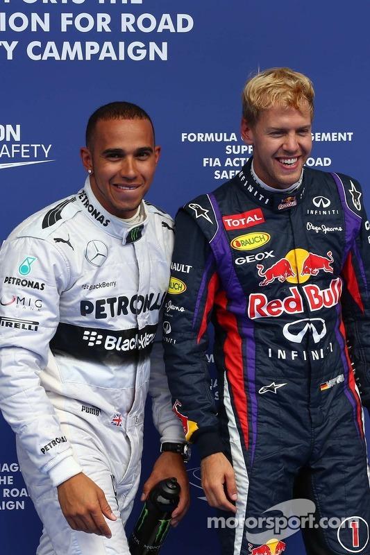 Pole for Lewis Hamilton, Mercedes AMG F1, segundo for Sebastian Vettel, Red Bull Racing