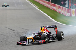 Sebastian Vettel, Red Bull Racing locks up under braking