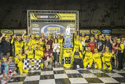 Matt Kenseth, Joe Gibbs Racing Toyota celebrates