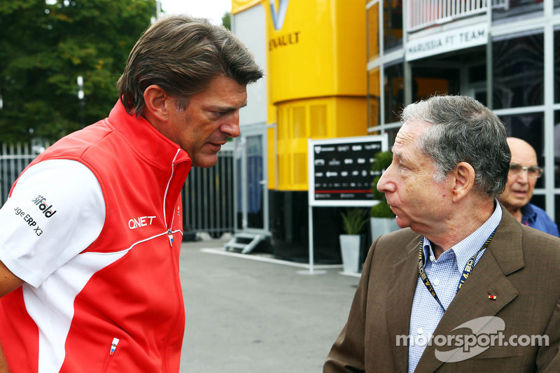 (L naar R): Graeme Lowdon, Marussia F1 Team Chief Executive Officer met Jean Todt, FIA President