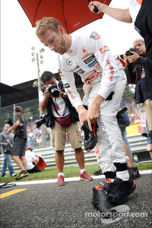 Jenson Button, McLaren no grid
